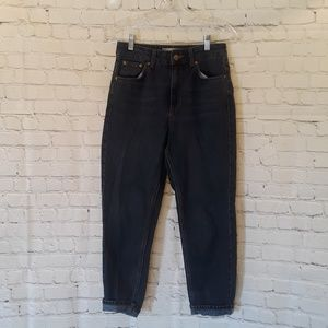 Topshop Moto Mom mid blue jeans size 28